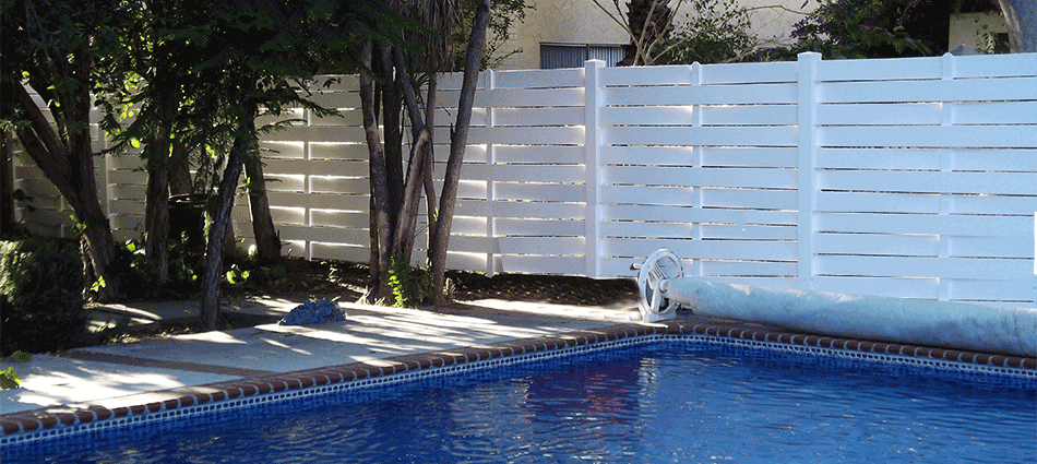 "Semi Privacy FenceStandard Sizes:  5'- 5'6""- 6'- 6'6""- 7'- 7'6""- 8' high Custom sizes available.   Variety colors."
