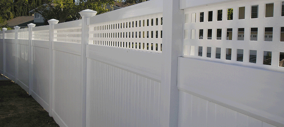 "Solid Privcy Fence with LatticeStandard Sizes:  5'- 5'6""- 6'- 6'6""- 7'- 7'6""- 8' high Custom sizes available.   Variety colors."