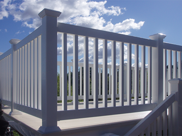 Vinyl Deck Railing with Stairs