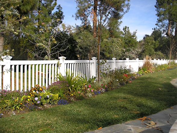 Enclosed Picket Fence 3