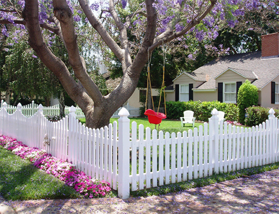 Scallop Picket Fence