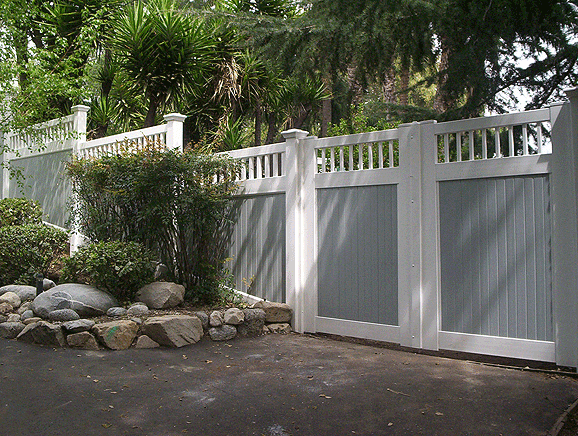 Two Tone Fence With Picket Accent